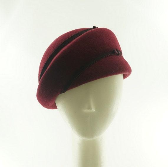 WOMENS BERET HAT - Pillbox Hat - Red Hat - Felt Hat - Handmade Hat - Burgundy Wine - Church Hat