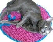 Cat Nip Cozy Bed - Wool Soft Rug - Catnip Toy