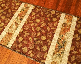Quilted Fall Table Runner in Rich Russet Brown Rust Green and Cream Leaves, Autumn Leaves Table Runner, Fall Table Mat, Quiltsy Handmade