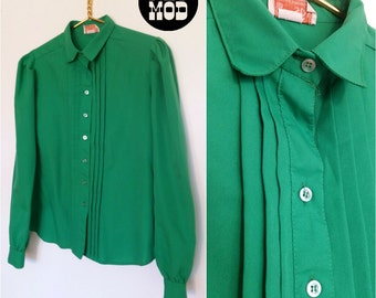 Bright Kelly Green Vintage 70s Blouse Top Shirt by Fashion Star!