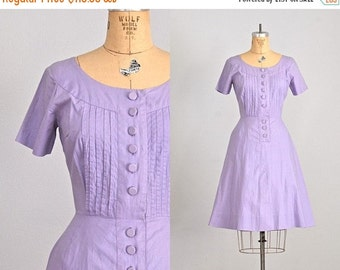 40% OFF SALE... vintage 1950s Lilac dress • 50s cotton dress • day 50s dress • pintuck dress • xs small