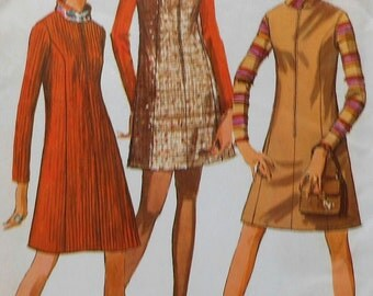 Vintage Jumper and Dress Sewing Pattern Simplicity 7758 Size 10