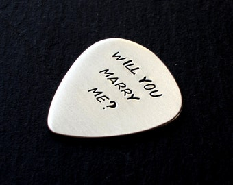 Will you marry me guitar pick proposal in aluminum - GP232A