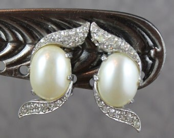 Vintage Marvella White Faux Pearl and Rhinestone Clip On Earrings
