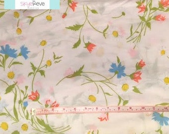 Full Vintage Fitted Sheet with Colorful Flowers