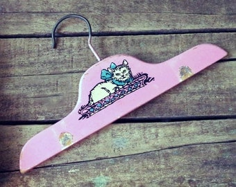 Vintage 1940s Pink Painted Wooden Childs Hanger with CAT Decal