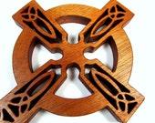 Celtic Cross / MID SIZE / Cherry Wood