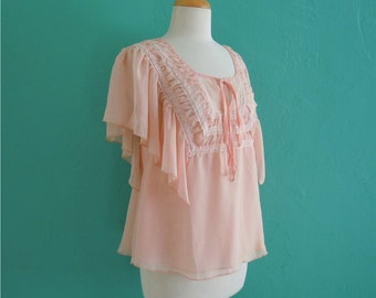 vintage 60's peach lace flutter sleeve top