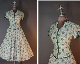 50s dress 1950s vintage GREEN WILD ROSES rose floral flower print white cotton tie puff sleeve full skirt dress