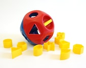 Vintage 1970s Tupperware Shape-O Toy Complete / Primary Colors, Dexterity Shape Matching Toy