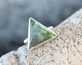 Hydrogrossular Garnet Silver Ring Geometric Mountain Peak Mossy Green Beaded Band Local US Gemstone Rustic Triangle Design - Sprouting Spike