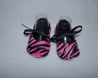 Ready to Ship - Size 3-6 Months - PINK ZEBRA and BLACK Mary Jane Baby Shoes - Sizes Available 0-3, 3-6, 6-9, 9-12 & 12-18 Months