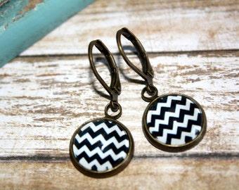 Black and White Chevron Earrings, Dangle Earrings, Bronze Dangle Earrings, Bronze Leverback,