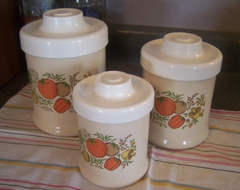 Vintage Metal Canister Set, Ivory & White 3 Pc Canister Set, Plastic Lids, Veggies, Mushrooms