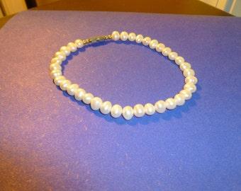 Hawaiian natural white pearl bracelet