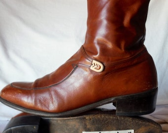 Choose \ Pick One...... Vintage Mens Leather Fashion Side Zip Up Beatle Boots Shoes sz 10 AA, 9 B , 8 ( reduced  20%)