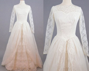 1950s Wedding Dress, 50s Lace and Tulle Wedding Dress, Long Sleeves Vintage Bridal Gown