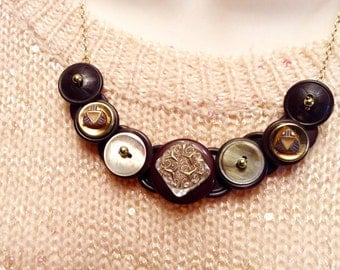 Gracious Glass button necklace