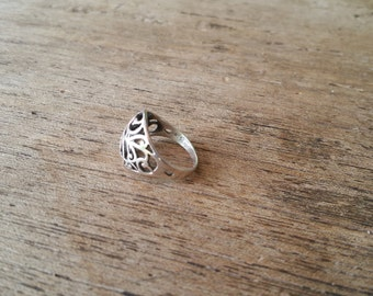 Sterling silver scroll ring, size 6