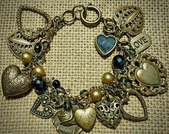 Unique Romantic Vintage Heart Charm Bracelet