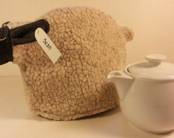 Sheep tea cozy, tea cosy: Sean the tiny sheep cozy