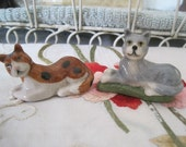 RESERVED Lot of 2 Wade Cats Kittens Kitties Seldom Seen  Red Rose Tea Figures Wade Pottery
