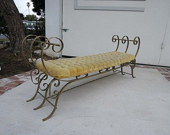 HOLLYWOOD REGENCY Tufted Bench (Los Angeles)