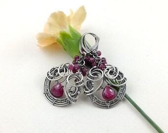 Wire wrapped earring, ruby earring, dangle gemstone earring, sterling silver jewely