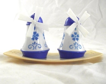 Windmill Salt and Pepper Set, Vintage Blue and White Plastic Shakers with Tray (X1)