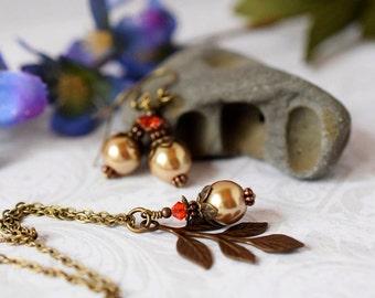 Rustic Leaf Necklace Brass Leaf Pendant Rose Gold Pearl Pendant Rose Gold Necklace Antique Brass Bridal Jewelry Bridesmaid Garden Wedding