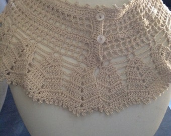 Vintage Crochet Cream Collar