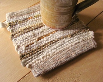 Rustic Farmhouse Decor Pot Holder, French Country Kitchen Hot Mat, Cabin Home Decor Woven Pot Holder, Gourmet Cook Mom Chef Gift, Gold Beige