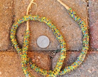 Krobo Beads: 10x14mm