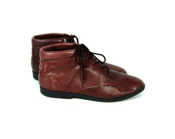 Quilted Lined Cordovan Ankle Boots by Dannex, Women's Size 10 M
