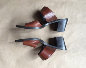 90's vintage chunky block heels / womens shoes / mules / slip on sandals / brown leather