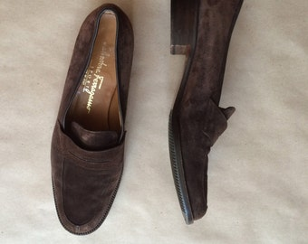 90's vintage suede Ferragamo loafers / chunky wooden heel / chocolate brown womens shoe / size 7.5 B / Made in Italy