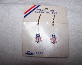 New Vintage Nemo White Red Blue Patriotic Enamel bugs Dangle Earrings