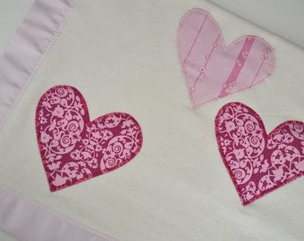 Personalized Organic Blanket with Hearts for Baby Girl -- Pink