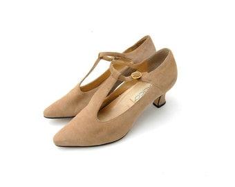 Beige T-strap suede pointy toe heels 1990s 90s VINTAGE FOOTWEAR