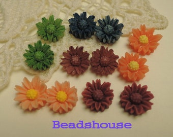 Sale: 625-00-CA  12pcs (10mm) Pretty Chrysanthemum Cabochon -Mix-Colour