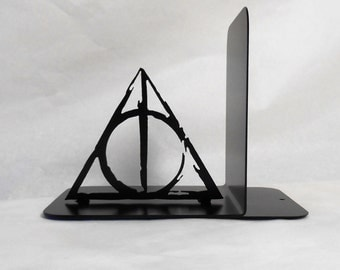 Single Metal Art Bookend, Movies, Books, Organizer, Metal Art, Shelf Decor