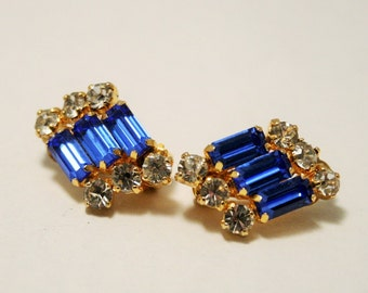 Vintage blue crystal earrings. Clip on earrings