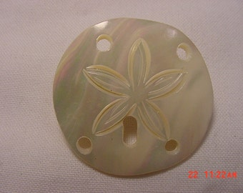 Vintage Mother Of Pearl Brooch With Carved Starfish Design  16 - 72