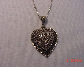 Vintage Sterling Silver Heart Pendant And Necklace   16 - 503