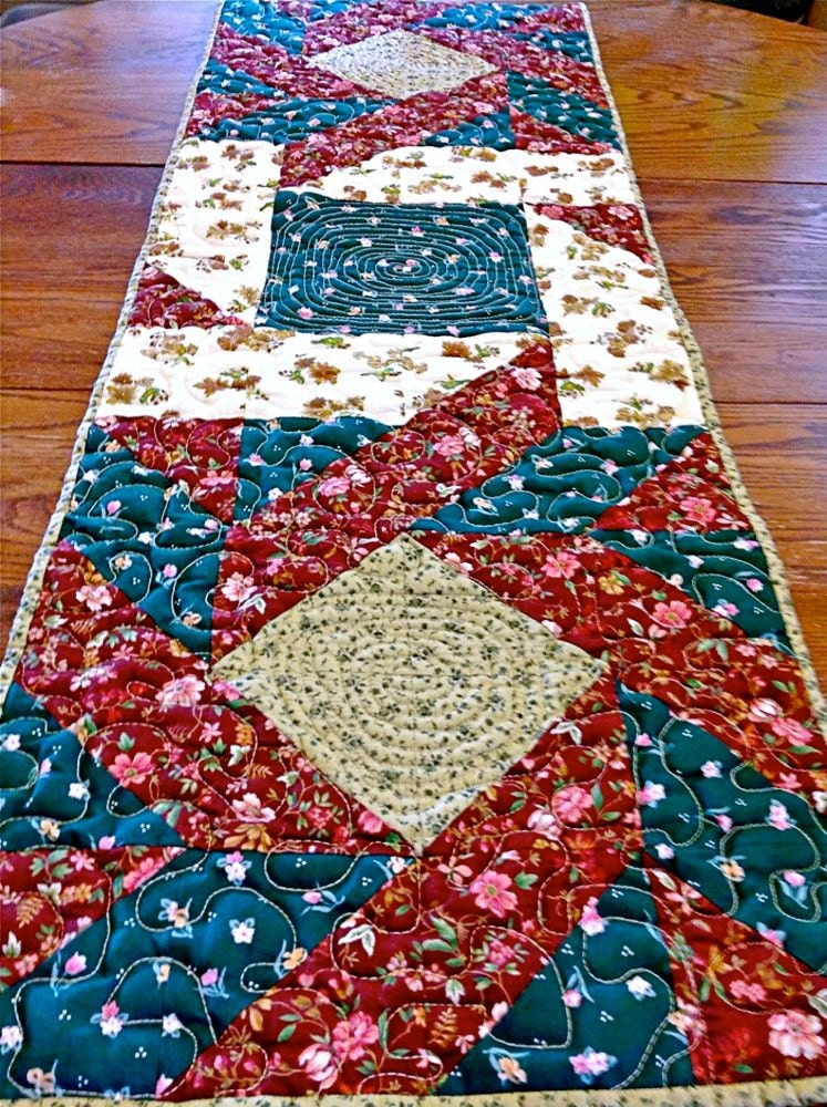 Patchwork quilted table runner topper centerpiece mat