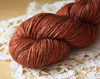 Hand Dyed Worsted Weight Yarn / Superwash Merino Wool / Red Rust Chestnut Cinnabar