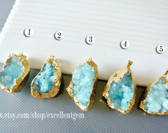 Druzy, Geode druzy, pendant, Gemstone pendant, Gold plated Drusy pendant in Aquamarine blue color, Lone necklace Jewelry supply,JSP-5521