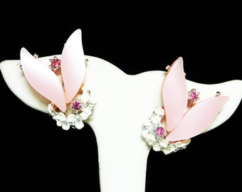 Pink Lucite Earrings - Clip ons with Tiny White Flowers with Bright Pink Rhinestones - Vintage 1950's Mid Century Modern Thermal Set