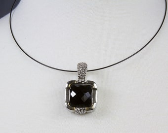 1980s Vintage Pendant Necklace Black faceted rectangular stone Wire choker Silver tone bezel Magnetic clasp Decorative bezel, Signed MX