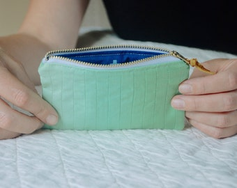 Ombre Zipper pouch in Soft Green
